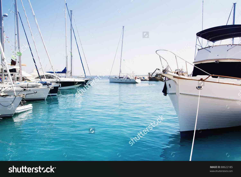 شاليه للبيع على البحر فى جيفيرا الساحل